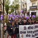 En Extremadura miles de personas recorren las calles en defensa de la igualdad