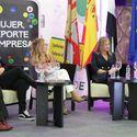 Sonia Bejarano y Ana Carrasco y supermercados DIA Premios Deporte y Mujer de Extremadura