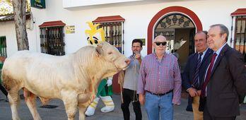 Caja Rural de Extremadura refuerza su apoyo al sector en la Feria Ganadera de Zafra
