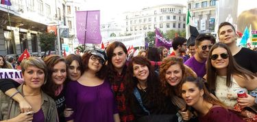 Mujeres J�venes Extremadura da la talla por la igualdad