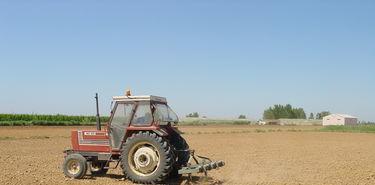 APAG Extremadura Asaja tacha de abusivas las tasas de ITV para tractores en Extremadura