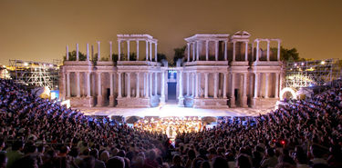 Treinta entidades pblicas y privadas apoyan la 65 edicin del Festival de Mrida