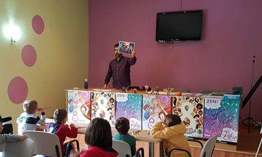 A través del comic, niños y niñas trabajan la lucha contra la desigualdad y la violencia