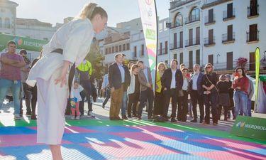 Tour Universo Mujer, en torno al deporte femenino, homenajea a Blanca Fernández Ochoa