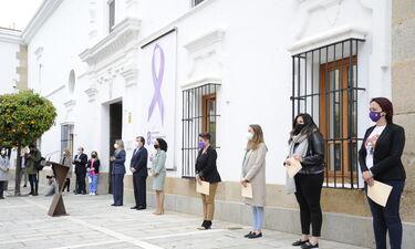 La Asamblea de Extremadura reivindica el papel de la mujer durante la pandemia