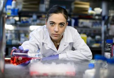 Científica extremeña, ganadora en IV Premios Jóvenes Investigadores Fundación AstraZeneca