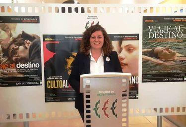 Presencia de mujer y de cine de culto de los 90, en la Filmoteca de Extremadura