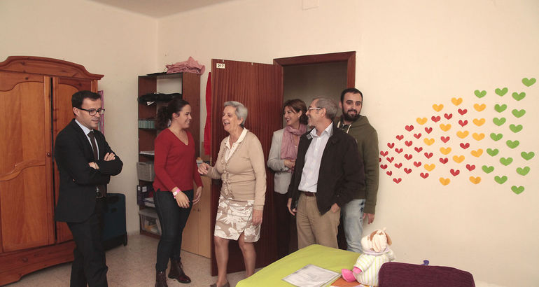 El presidente de la diputaci n de badajoz destaca la for Residencia universitaria hernan cortes