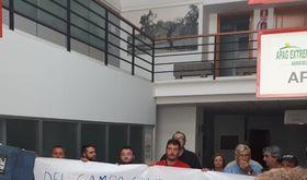 Miembros de la Asociacin 25 de Marzo piden a ASAJA la aplicacin del SMI en el campo