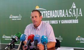 APAG Extremadura Asaja ve voluntad de dilogo entre partes para avanzar convenio campo