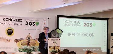 Iglesias apuesta por potenciar el nexo entre economía, deporte y turismo