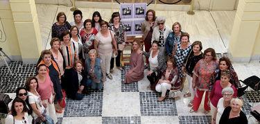 Diputación de Badajoz expone unas fotografías para poner en valor el papel de las abuelas