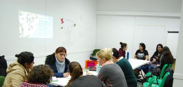 Mujeres migrantes y rurales extremeñas participan en un proceso de Feministas Cooperando