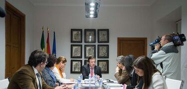 La Junta de Extremadura simplifica con un solo decreto las ayudas al alquiler de vivienda