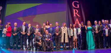 Chloé Bird, Enrique Heredia y Retama Folk  actuarán en la gala solidaria de los Premios Grada en Badajoz