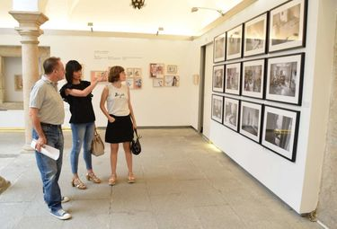La exposición 'Rev/beladas' muestra en Mérida el trabajo de cinco fotógrafas extremeñas