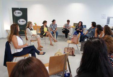 Una jornada analiza en Badajoz las iniciativas de emprendedoras sociales extremeñas