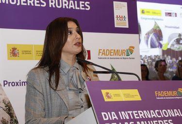 La presidenta Fademur Extremadura recibe Premio de la Trasterminancia Extremeña 2019