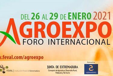 García Bernal en la mesa redonda 'El papel de la mujer en el sector agro', de Agroexpo
