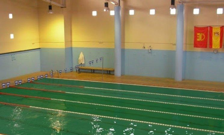 Junta destina 2 5 millones para una piscina climatizada en for Juntas piscina