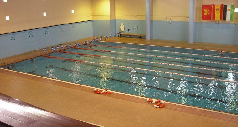operativo el vestuario masculino de la piscina