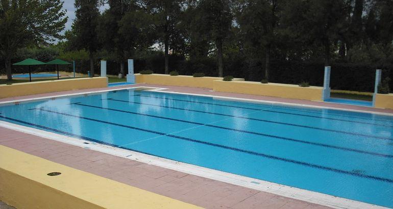 Las piscinas municipales de m rida abrir n al p blico for Piscina municipal caceres