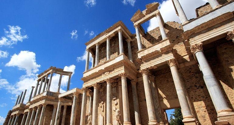 Ciudades patrimonio suben en visitas oficinas de turismo for Oficina de turismo de merida