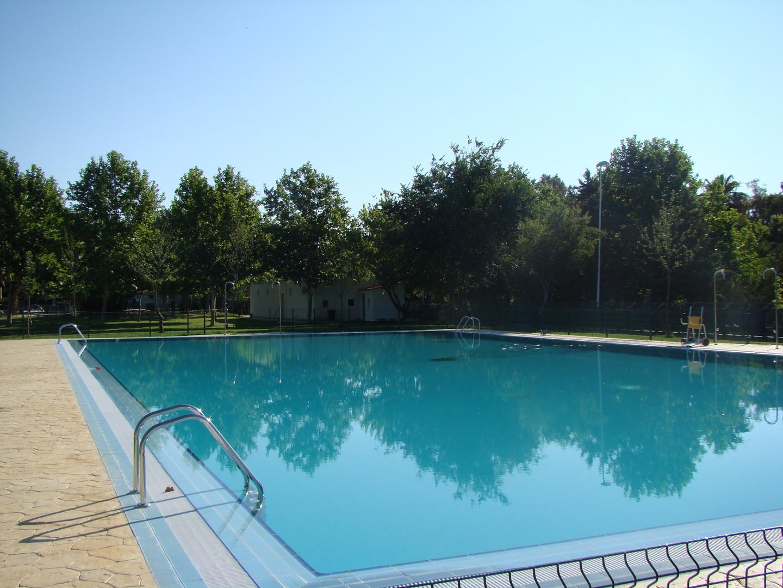 la piscina municipal de c ceres el viejo abre su temporada
