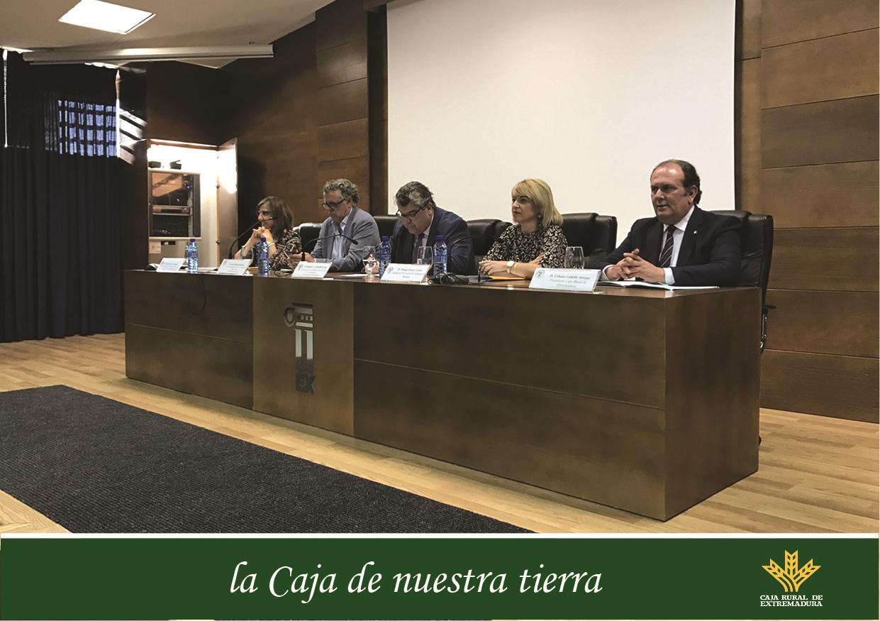 Caja rural de extremadura patrocina los premios for Caja de extremadura oficinas