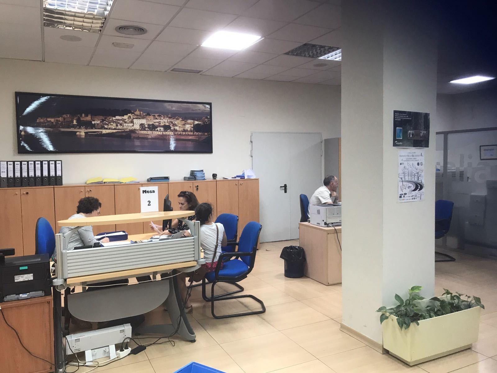 Cambio titular agua gratuito 3 meses en badajoz for Oficina turismo badajoz